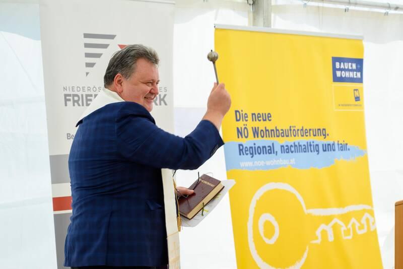 047_LeobersdorfII-Schlusselubergabe-01-09-21_1842